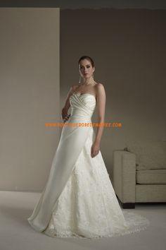 Robe de mariée star en satin et dentelle