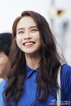 Song Ji Hyo pretty hair & makeup