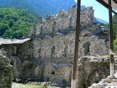 Agios Dionisios Church in Olympos, Litochoro Picture: Klostermauer - Check out TripAdvisor members' candid photos and videos of Agios Dionisios Church in Olympos Strand, Trip Advisor, Mount Rushmore, Macedonia Greece, Beautiful Places, Greek, Photo And Video, Mountains, Pictures