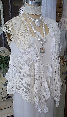 Nettie Jane: Clothing love those pearl necklaces Manequin, Crochet Wool, Romantic Outfit, Altered Couture, Lace Outfit, Altering Clothes, Linens And Lace, Lace Doilies, Crochet Fashion