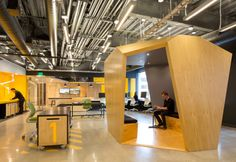 Flexible workspace: MIT Beaver Works in Cambridge, USASourceYour | So You Know Better
