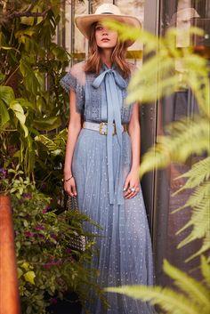 Sfilata Elie Saab Parigi - Pre-collezioni Primavera Estate 2019 - Vogue