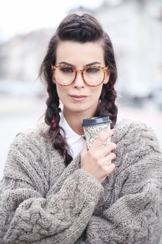 The other side - Fica Bălăncan The Other Side, Detail, Glasses, Nerdy, Sweaters, Baby, Life, Style, Fashion