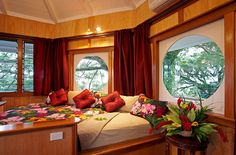 Treetop Honeymoon Bure - yes! you can stay in a treehouse for your honeymoon! My Clients love it!