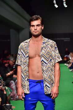 Male Fashion Trends: Anuar Layon Spring-Summer 2018 - Mercedes-Benz Fashion Week México