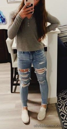 27 Best Cute fall Outfits For School Source by viviehomecom outfits for school Simple Outfits For Teens, Teen Winter Outfits, Simple Winter Outfits, Winter Outfits For School, Casual School Outfits, Cute Teen Outfits, Teenage Girl Outfits, Cute Comfy Outfits, Casual Fall Outfits
