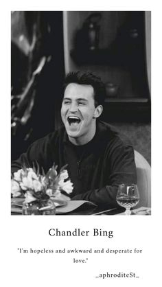 Chandler Bing👔 Friends Tv Show, Serie Friends, Friends Scenes, Friends Cast, Friends Episodes, Friends Moments, Just Friends, Friends Forever, Chandler Bing