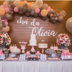 Baby decor, chai, girls party decorations, baby shower decorations, table d Baby Shower Table, Baby Shower Cakes, Baby Shower Parties, Baby Shower Themes, Shower Ideas, Girls Party Decorations, Baby Shower Decorations, Girl Shower, Baby Decor