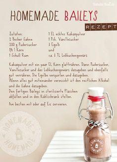 Da ich nicht nur keinen Alkohol sondern auch keinen Kaffee mag, habe ich in dem Rezept den Espresso durch Kakao ersetzt. Übrigens: wem das Lebkuchengewürz zu weihnachtlich ist, kann es natürlich auch einfach weglassen.