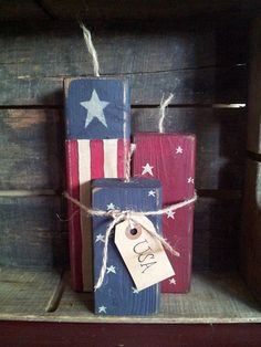 Set of 3 Primitive Wooden Firecrackers by BarnDoorPrimitives Americana Crafts, Patriotic Crafts, Primitive Crafts, Primitive Country, 2x4 Crafts, July Crafts, Wooden Crafts, Wooden Diy, July 4th