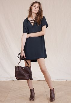 madewell novella lace-up dress worn with the frankie chelsea boot + rivet & thread mini bucket bag.
