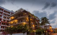 3BHK Apartments and Penthouse for Sale at Donapaula Goa (WSG-RES327) More Info. : http://windowshopgoa.com/properties-for-sale/327-3bhk-apartments-and-penthouse-for-sale-at-donapaula-goa