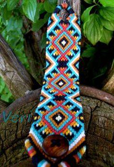 Photo of #78237 by Veri - friendship-bracelets.net