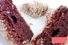 Duplacsokis kókuszkocka liszt nélkül - Diéták & Álmok Krispie Treats, Rice Krispies, Desserts, Food, Tailgate Desserts, Deserts, Essen, Postres, Meals