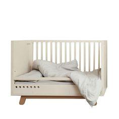 Kutikai Peekabo Cot Bed 120 x 60