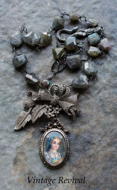 Vintage Necklace/ Portrait Pendant by thevintagerevivals on Etsy