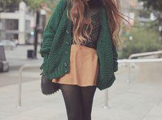 Love this color combo- dark green & peach