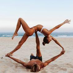Hold me, balance me, and trust me. Most importantly, come camp with me 💙 🔥 Couples Yoga Poses, Acro Yoga Poses, Partner Yoga Poses, Yoga Poses For Two, Fit Couples, Yoga Meditation, Yoga Flow, Yoga Photography, Couple Photography