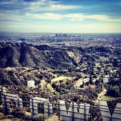 los angeles bucket list - hiking the hollywood sign
