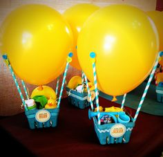 Hot air balloon party favors