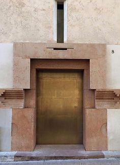 Carlo Scarpa, Joinery Details, Modern Entrance, Sendai, Facade Architecture, Ancient Architecture, Sustainable Architecture, Grand Designs, Famous Architects