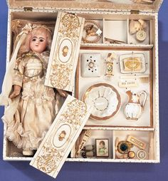 """Presentation Box """"Mariage"""" with Bisque Doll and Trousseau"""