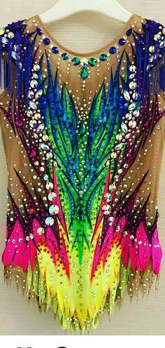 Maillots e gimnasia Gymnastics Costumes, Rhythmic Gymnastics Leotards, Skating Dresses, Roller Skating, Swarovski Crystals, Gymnastics Leos, Facts, Rhythmic Gymnastics Costumes, Gym Leggings