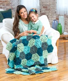 The perfect carry-along project, this easy throw is made in individual motifs. #Afghan