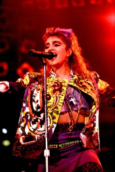 Madonna's most iconic looks ever - Fashion Quarterly Madonna Pictures, Madonna 80s, Punk Princess, Lucky Star, Pop Singers, Celebs, Celebrities, Old Pictures, Music Artists