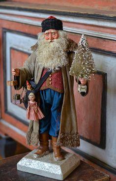 A beautiful Scott Smith Santa