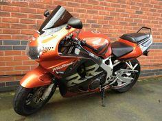HONDA CBR 918 cc CBR900 RR-W 900 Fireblade - http://motorcyclesforsalex.com/honda-cbr-918-cc-cbr900-rr-w-900-fireblade/