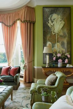 Home Design Drawing Interior designer Fiona Shelburne's clever mix of contemporary touches and a killer art collection brings freshness to this classic English country-house. Home Design, Home Interior Design, Interior Modern, Design Ideas, Color Interior, Luxury Interior, Design Projects, English Country Decor, Drawing Room