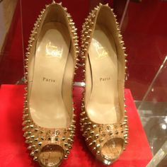 I bought this pair of Christian #Louboutin # heels... And I've no regrets! #KillerHeels #shoes