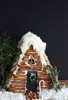 100 Gingerbread House Ideas to give your Christmas Party a Delicious Dose of Happiness - Hike n Dip Thinking about Gingerbread house decorating party? Then you have to have a look at these delicious and cute Gingerbread house ideas right here. White Gingerbread House, Graham Cracker Gingerbread House, Gingerbread House Designs, Gingerbread House Parties, Gingerbread Houses, Gingerbread House Decorating Ideas, Gingerbread Cookies, All Things Christmas, White Christmas