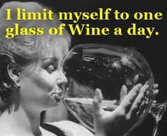 "Funny Italian ~ Humor ""I limit myself to one glass of wine/vino a day"" Wine Jokes, Wine Funnies, Beer Humor, One Glass Of Wine, Funny Emails, In Vino Veritas, Hades, Just For Laughs, Laugh Out Loud"