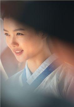 김유정, 비밀의 문, Secret Door