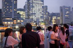 Tokyo-Bay Yukata Cruise: a nightly summertime beer party on the bay
