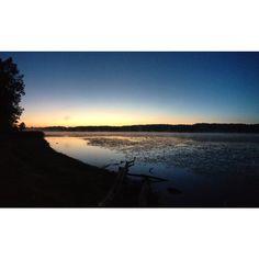 Good Morning. (Mendon Ponds Park, NY) #roc #ultrarunning #TrailRunning #mm99 #trailsroc #traillife  #upperrightusa #familylife #northeastisbeast #roc #gogetit #beastcoast #neverstop #gooutside #MakeAdventure #GetHealthy #wildernessculture #rei1440project #meetthemoment #doepicshit #benmurphy #highsnobiety #runsteepgethigh #hoodbyair #lote #supremenyc #blvck #fitfluential #furtherfasterforever #dirtbagrunners
