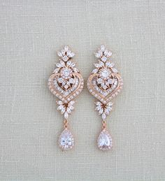 Rose gold earrings Wedding jewelry Bridal earrings Bridesmaid earrings Chandelier earrings Crystal e Gold Chandelier Earrings, Pearl Earrings Wedding, Rose Gold Earrings, Bridal Necklace, Bridesmaid Earrings, Crystal Earrings, Wedding Jewelry, Chandelier Wedding, Jhumki Earrings