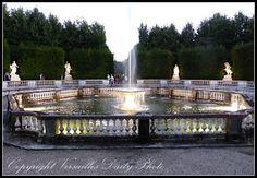 VersaillesDailyPhoto: le bosquet des dômes, the dome grove, Versailles