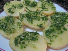 patatas al microondas Kitchen Dishes, Spanish Food, Palak Paneer, Avocado Toast, Tapas, Zucchini, Favorite Recipes, Vegetables, Cooking