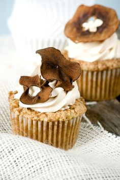 Apple Caramel Cupcakes~ love how the dried apple rings look like 'flowers' on top!