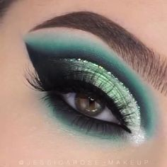 Just Wow Eye Shadow & Eye Makeup White Eyeliner Makeup Eye Makeup shadow Wow Makeup Eye Looks, Eye Makeup Steps, Eye Makeup Art, Blue Eye Makeup, Smokey Eye Makeup, Eyeshadow Looks, Eyeshadow Makeup, Summer Eyeshadow, Drugstore Makeup