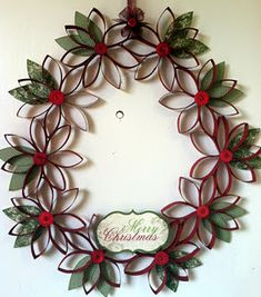 Wreath made from toilet paper tubes! Easy and cute