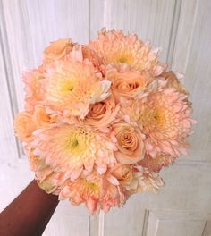 CBR302 Weddings Riviera Maya peach bride bouquet/ ramo color durazno