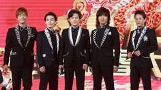 [ENTERTAINMENT] SMAP's Sekai ni Hitosu Dake no Hana Tops the Oricon Charts Almost 13 Years after its 2003 release - http://www.afachan.asia/2016/01/entertainment-smaps-sekai-ni-hitosu-dake-no-hana-tops-oricon-charts-almost-13-years-2003-release/