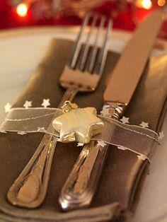 Weihnachtliche Tischdeko für festlichen Glanz - weihnachtliche-tischdeko-1  Rezept