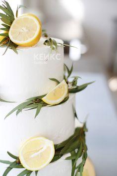 Торт на свадьбу с лимонами и цветами/ Wedding cakes elegant and simple decor #weddingcake #свадьба #свадебныйторт #торт