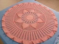Free Crochet Doily Patterns, Crochet Circles, Crochet Designs, Crochet Doilies, Crochet Flowers, Crochet Lace, Tablecloth Fabric, Crochet Tablecloth, Crochet Crafts
