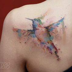 Momma is an artist and she loves hummingbirds. This is perfect.